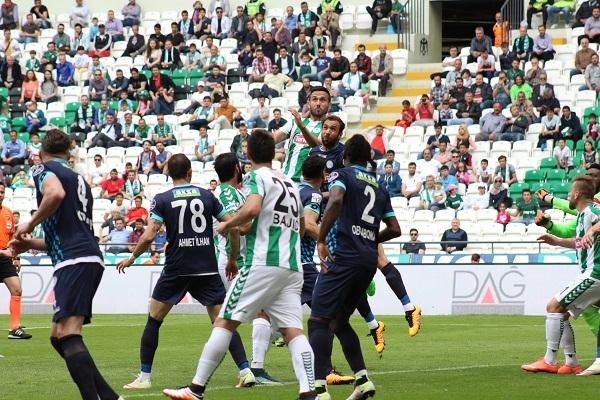 Torku Konyaspor - Çaykur Rizespor maçından kareler 4