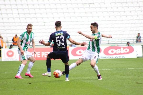 Torku Konyaspor - Çaykur Rizespor maçından kareler 6