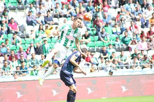 Torku Konyaspor - Çaykur Rizespor maçından kareler 8