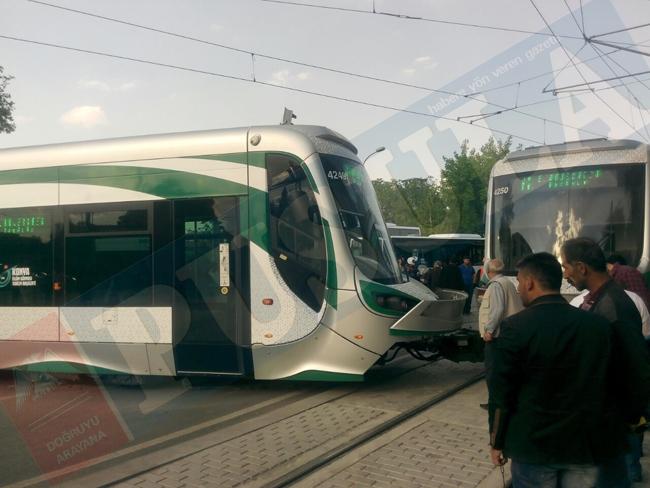 Tramvay raydan çıktı 8