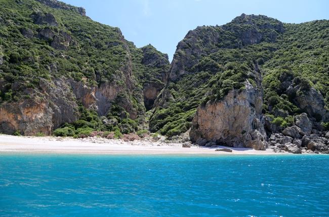 Akdeniz'in saklı cenneti: Karamağara 14