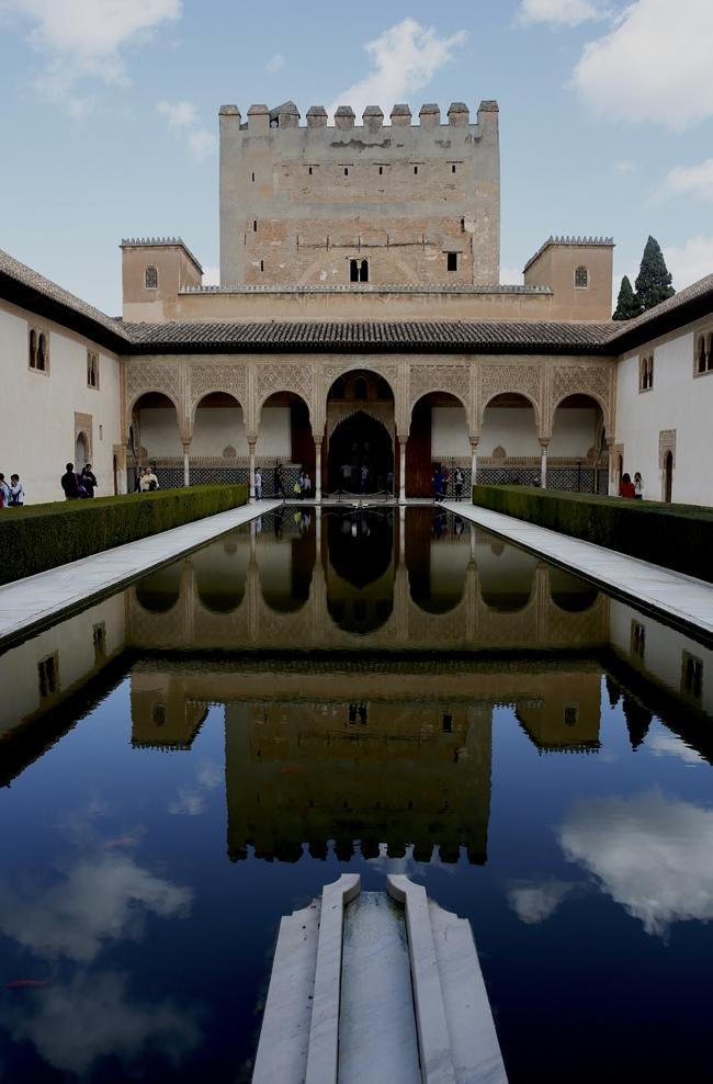 Binbir Gece Masallarının Sarayı: El Hamra 1