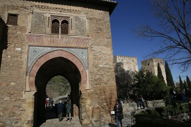 Binbir Gece Masallarının Sarayı: El Hamra 13