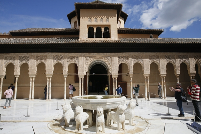 Binbir Gece Masallarının Sarayı: El Hamra 3