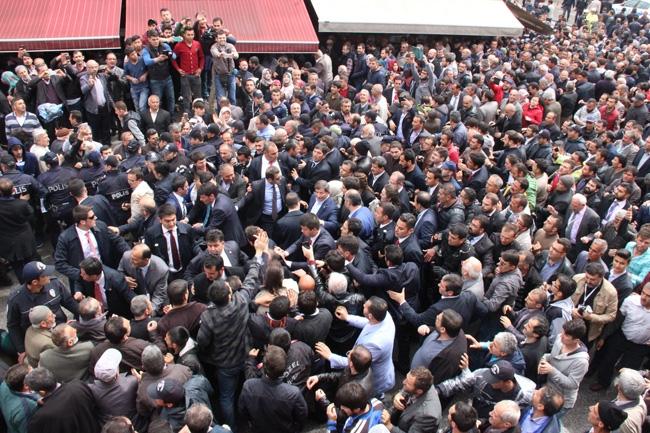 Ahmet Davutoğlu Konya'da böyle karşılandı 10