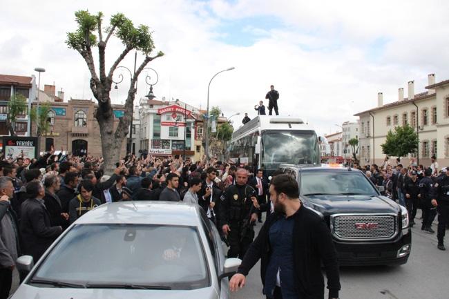 Ahmet Davutoğlu Konya'da böyle karşılandı 18