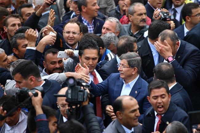 Ahmet Davutoğlu Konya'da böyle karşılandı 3
