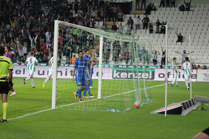 Konyaspor-Kasımpaşa maçının fotoğrafları 1