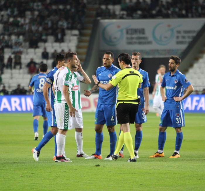 Konyaspor-Kasımpaşa maçının fotoğrafları 5