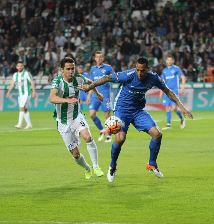 Konyaspor-Kasımpaşa maçının fotoğrafları 7