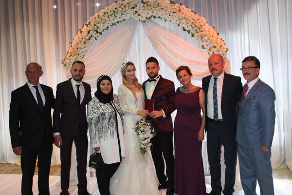 Konyasporlu Ömer Ali Şahiner evlendi 22