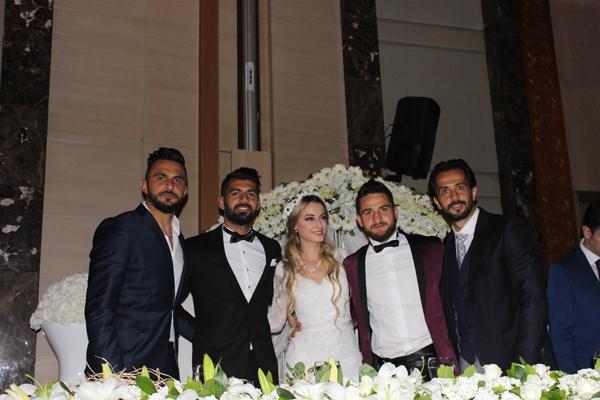 Konyasporlu Ömer Ali Şahiner evlendi 35