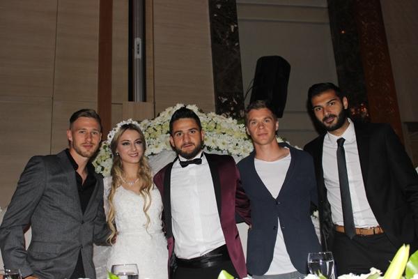 Konyasporlu Ömer Ali Şahiner evlendi 39