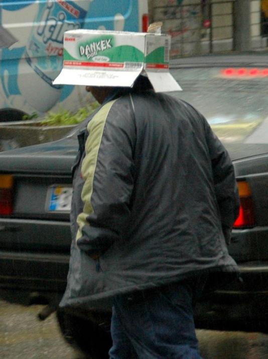 Yağmura yakalanan yurdum insanı 15