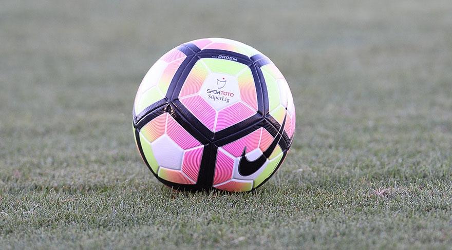 İşte yeni sezonda sahalarda yer alacak futbol topları 12