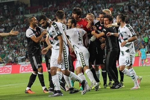 Atiker Konyaspor - Beşiktaş maçından kareler 22