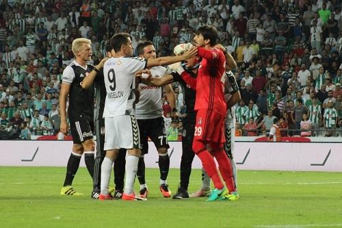 Atiker Konyaspor - Beşiktaş maçından kareler 23