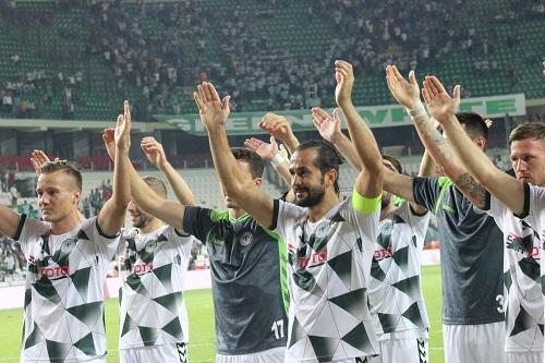 Atiker Konyaspor - Beşiktaş maçından kareler 31