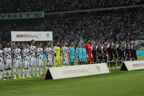 Atiker Konyaspor - Beşiktaş maçından kareler 6
