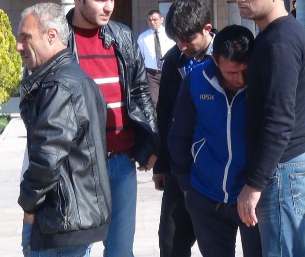 Aksaray'daki 3 kardeşin cenazesi toprağa verildi 10