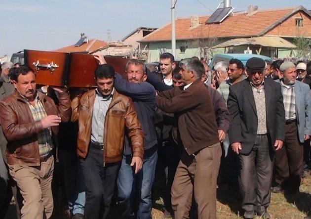 Aksaray'daki 3 kardeşin cenazesi toprağa verildi 2