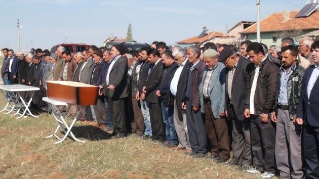 Aksaray'daki 3 kardeşin cenazesi toprağa verildi 3