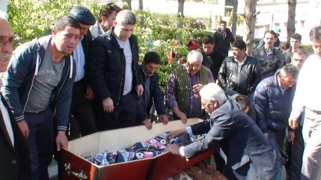Aksaray'daki 3 kardeşin cenazesi toprağa verildi 7