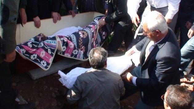 Aksaray'daki 3 kardeşin cenazesi toprağa verildi 8