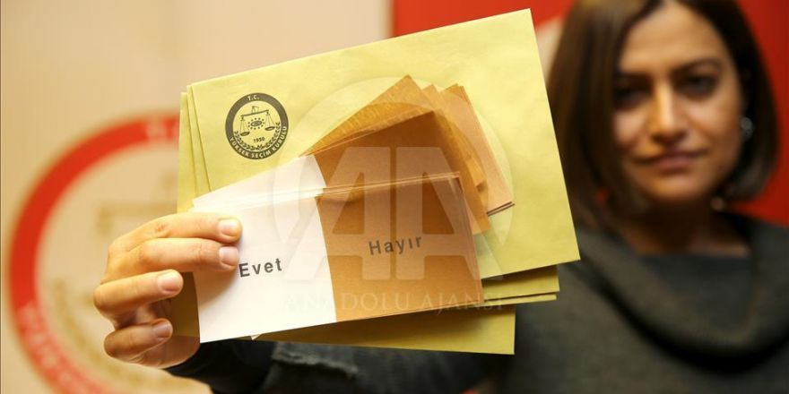 İşte referandumda kullanılacak oy pusulaları