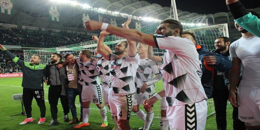 Konyaspor-Sivasspor maçının kareleri