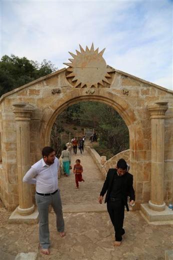 Yezidiler 'Kırmızı Çarşamba'yı kutladılar 15