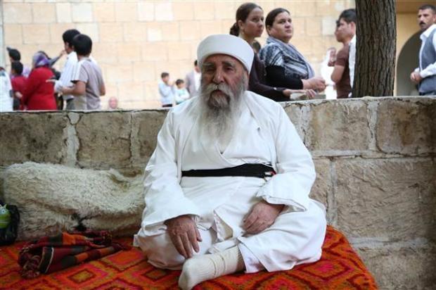 Yezidiler 'Kırmızı Çarşamba'yı kutladılar 19