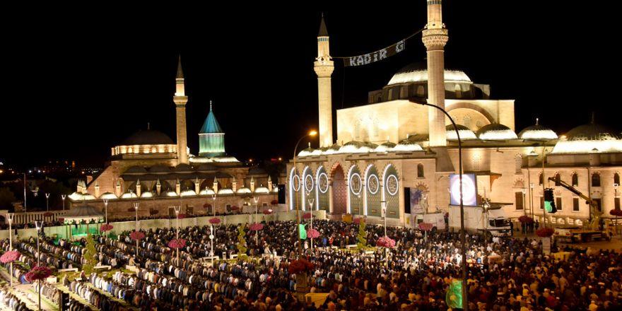 On Binler Mevlana Meydanı'nda Buluştu