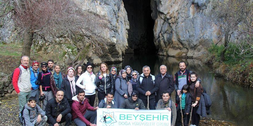 Beyşehir'de doğaseverlere 'Çamlık Mağaraları' tanıtıldı