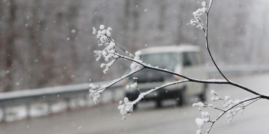 Konya'da kar yağışı bazı yerlerde etkili oldu