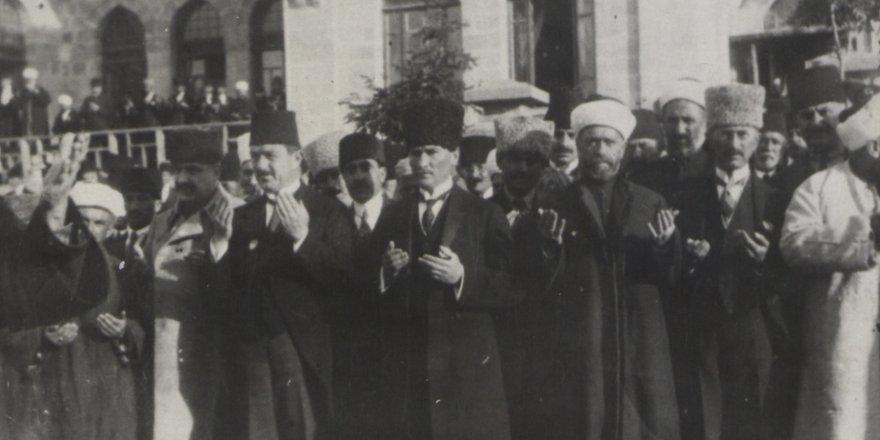 Genelkurmay arşivlerinden Cumhuriyet fotoğrafları