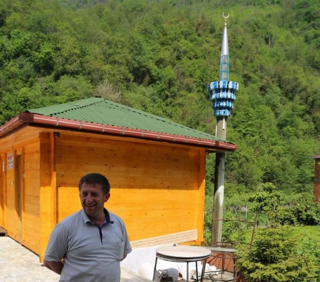Rizeli yine yaptı yapacağını: Laz işi minare 4