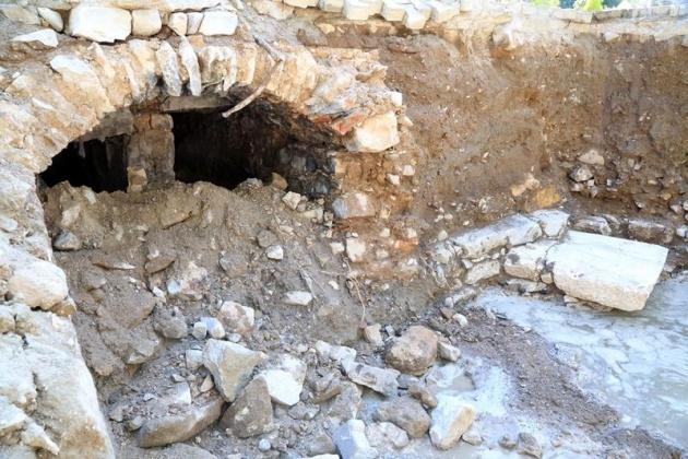 Kanalizasyon kazarken tarih çıktı! 3