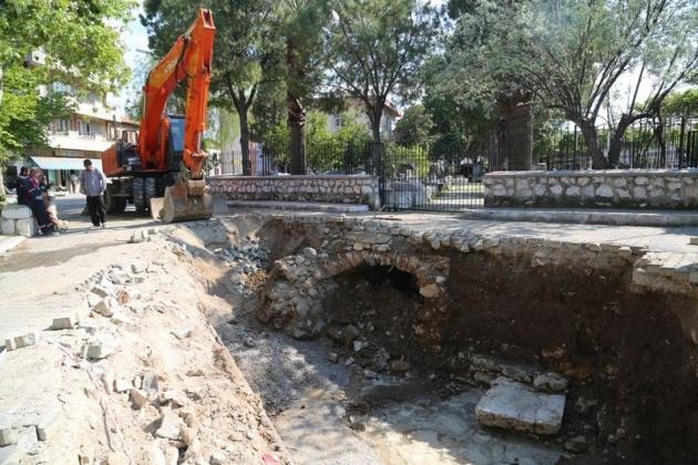 Kanalizasyon kazarken tarih çıktı! 6