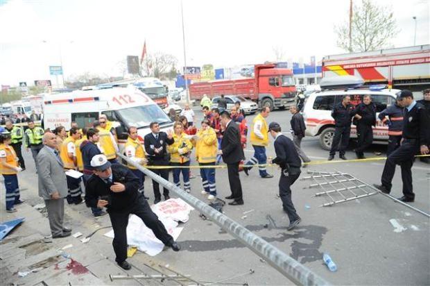 Ankara'da feci kaza 3 ölü 6