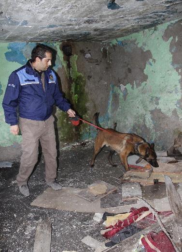Ankara'da büyük uyuşturucu operasyonu 11