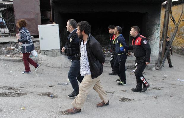 Ankara'da büyük uyuşturucu operasyonu 12
