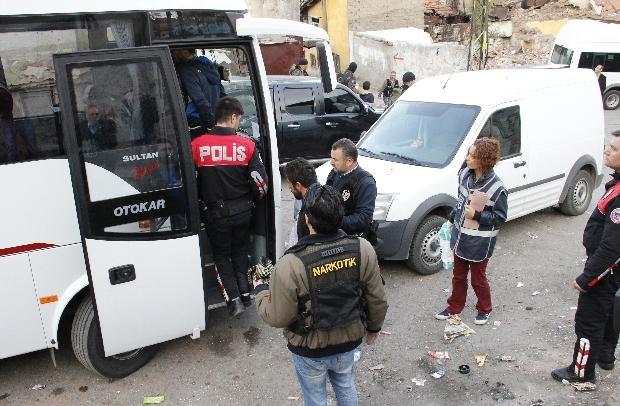 Ankara'da büyük uyuşturucu operasyonu 13
