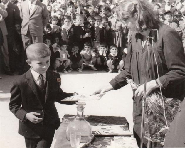 Başbakan ve Bakanların çocukluk fotoğrafları 14