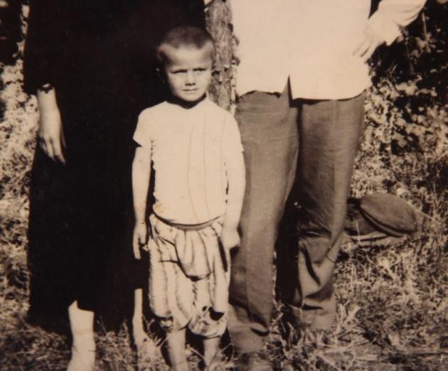 Başbakan ve Bakanların çocukluk fotoğrafları 16