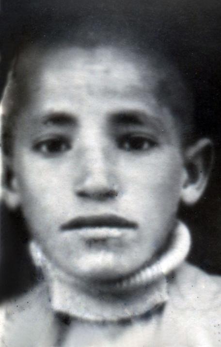 Başbakan ve Bakanların çocukluk fotoğrafları 3