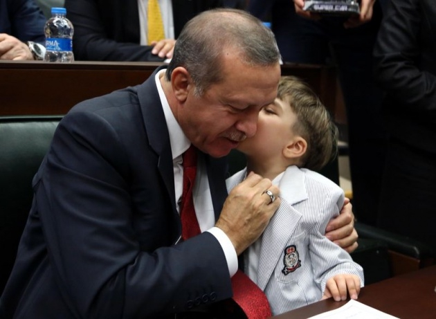 Başbakan'ın minik hayranından sevgi gösterisi 2