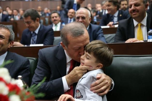 Başbakan'ın minik hayranından sevgi gösterisi 7