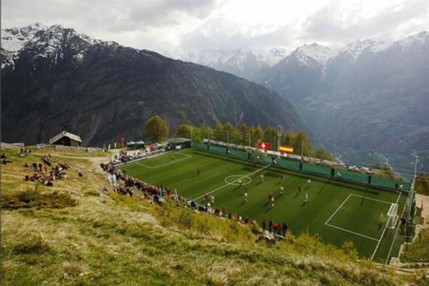 Dünyanın en ilginç stadyumları 7