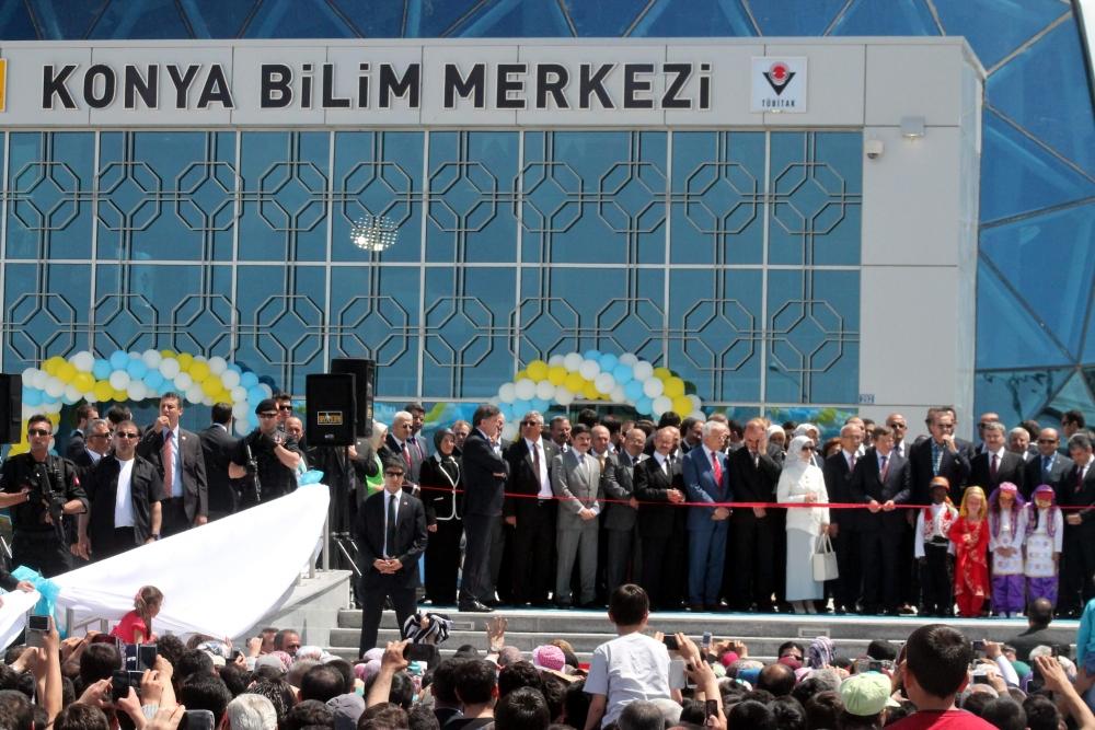 Erdoğan Bilim Merkezi'ni açtı 11